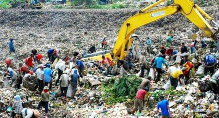 biaya-pengelolaan-sampah-di-tpa-sarimukti-naik-hampir-dua-kali-lipat