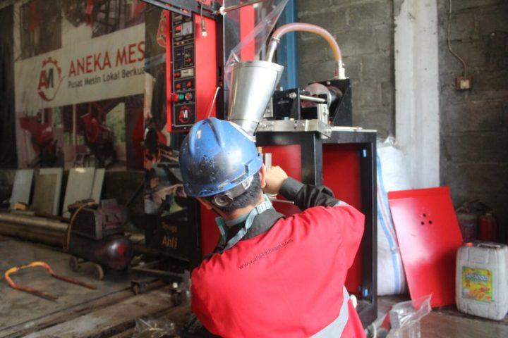 aktivitas-produksi-mesin